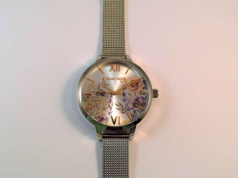 Hodinky JVD SUN-F01. Dámské ocelové hodinky JVD Sunday Rose ... 7ac91d7de4