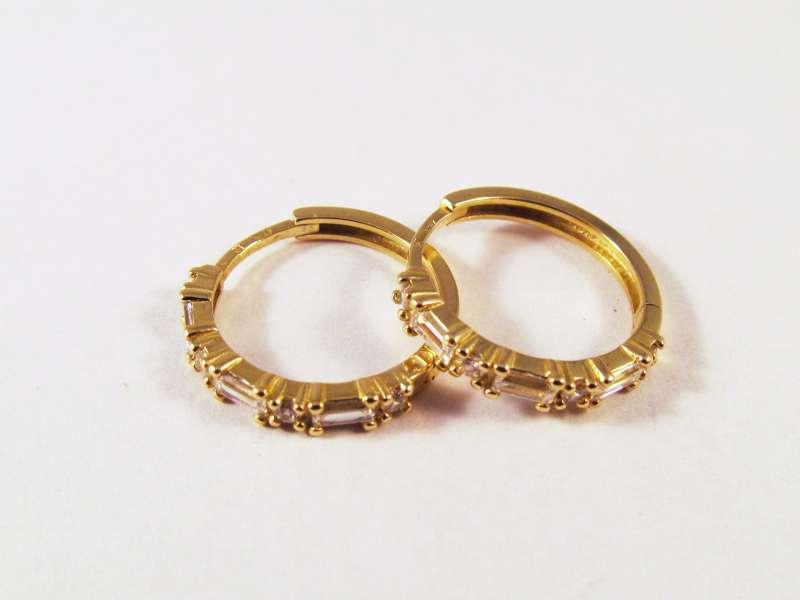 Náušnice dámské   Zlaté náušnice- kruhy se zirkony 00426 608610449fc